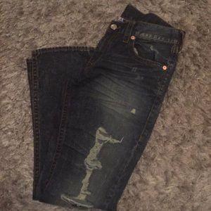 Men true religion distressed denim jeans size 33.